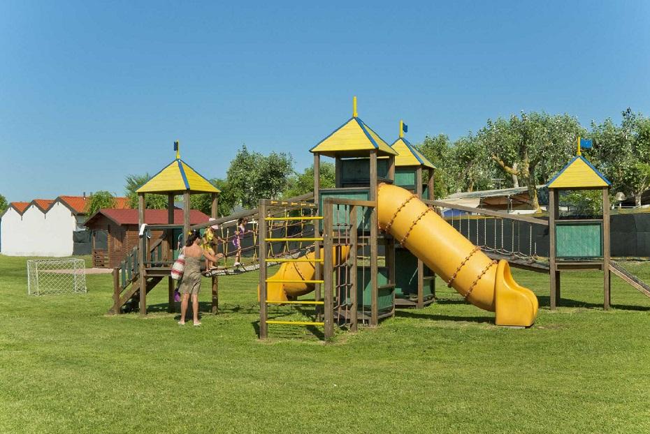 Parco giochi bimbi
